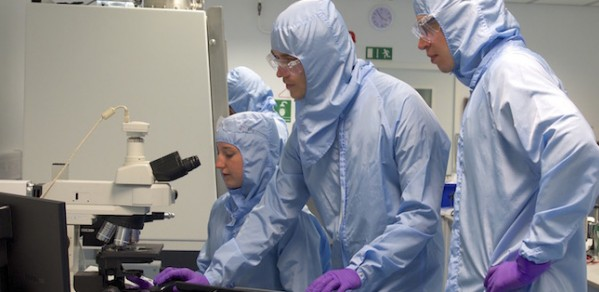 Students from the CDT in Graphene Technology