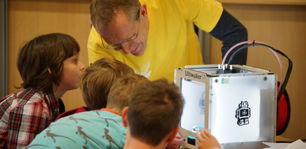 Dr Tim Minshall engages the next generation during a science festival.