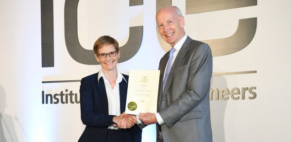 Professor Janet Lees receives her fellowship certificate from ICE President Professor Lord Robert Mair