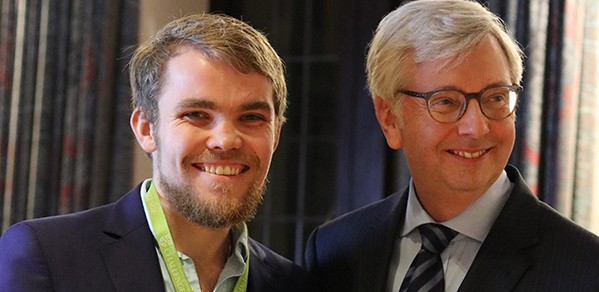 PhD student Verner Viisainen with the Vice-Chancellor Professor Stephen Toope.