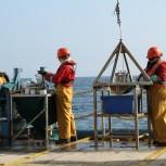Diana Thomas-McEwen - Offshore deck seabed sampling